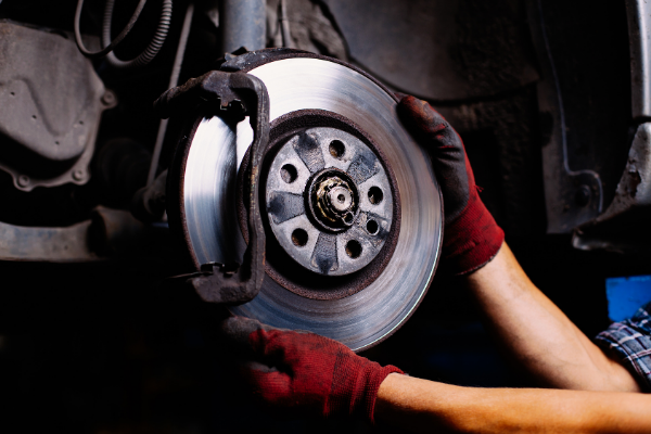 How to Prevent Brake Problems in Your Car (1)